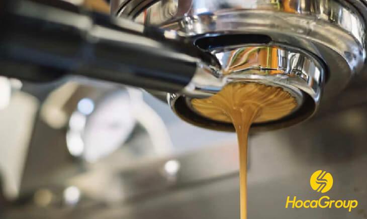 HocaGroup sửa chữa máy cà phê bị rò rỉ từ miệng đầu group