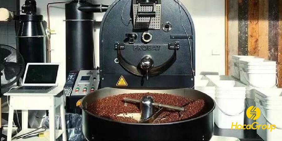 Cà phê hạt rang mộc đang được làm mát