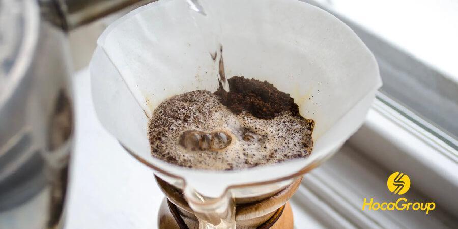Cà phê nở là quá trình phản ứng hoá học giữa các hợp chất
