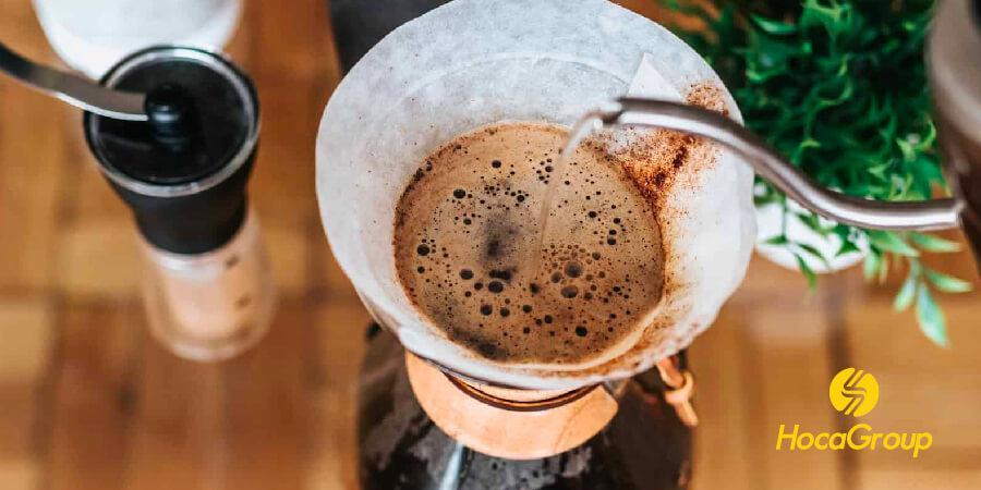 Đổ nước vào cà phê là cả một nghệ thuật